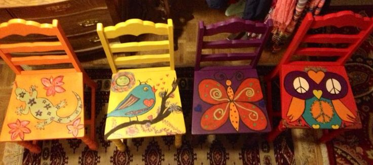 Sit a spell.... I put this here because I think if you have a little area or room you teach your kids in this are a wonderful and cheery touch to the room.