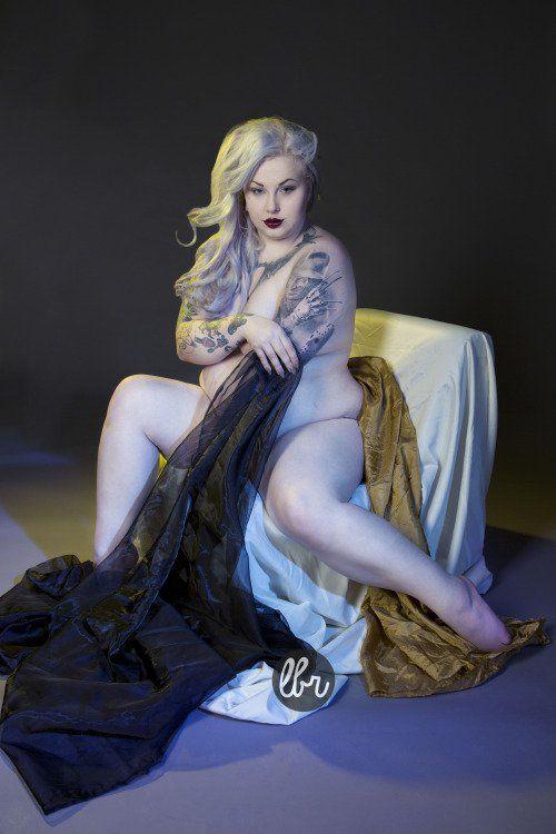 11 femmes aux courbes généreuses qui prouvent que les tatouages ne sont pas uniquement réservés aux filles minces !