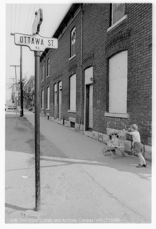 Heritage Ottawa - Gordon Cullingham Research Grant  The yearly maximum individual grant will not exceed $1,000 for research or $2,000 towards the cost of publication.