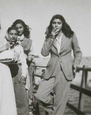Maharani Gayatri Devi - biggest fashion icon of Vintage India! Inspiring even today... #maharanigayatridevi #vintagefashion