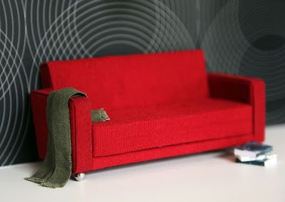 MitchyMooMiniatures: Take a seat - Part 2 Couch tutorial