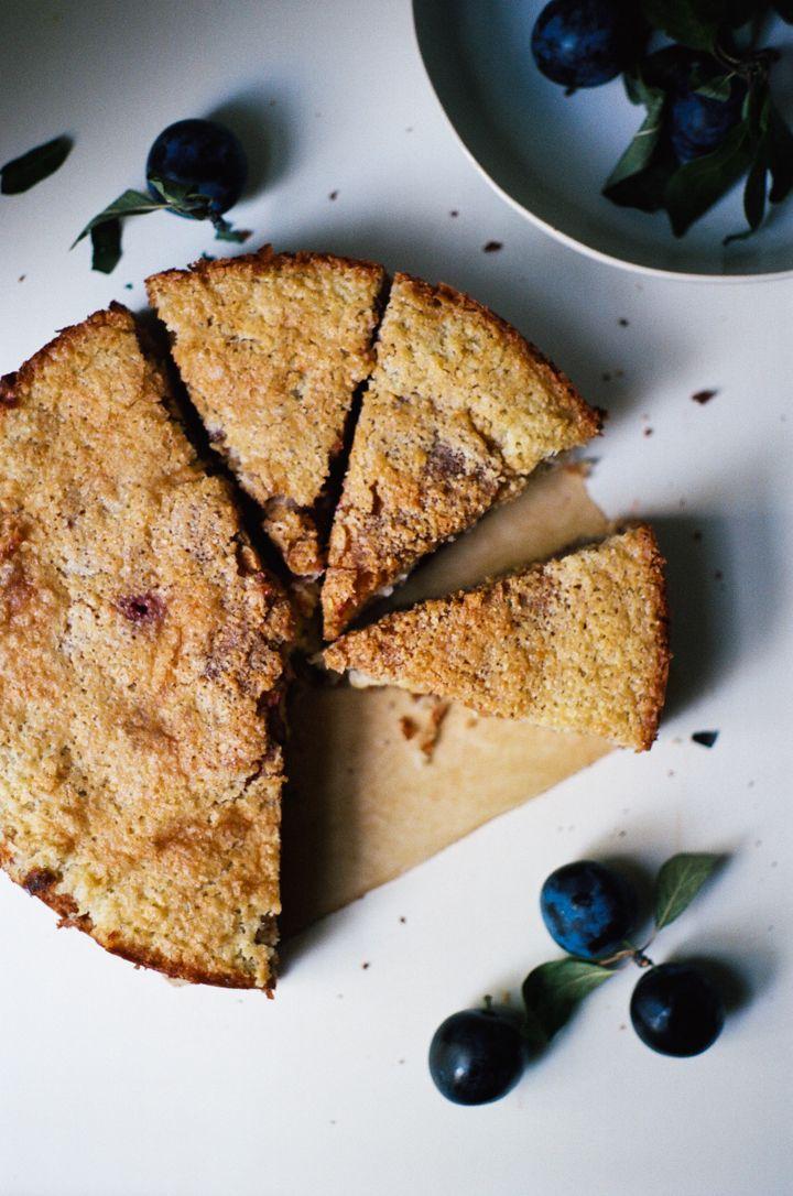 plum macaroon cake | apt. 2b baking co.