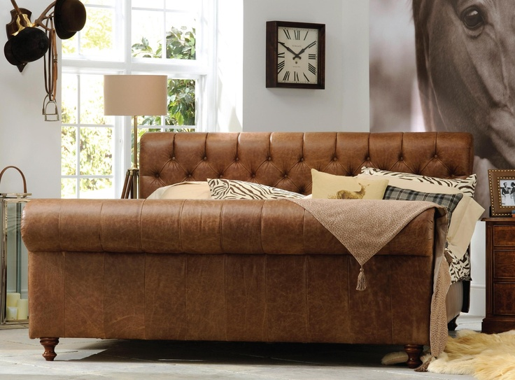 Frank Hudson Chesterfield Bed | King-size | Frank Hudson Beds From SUENO