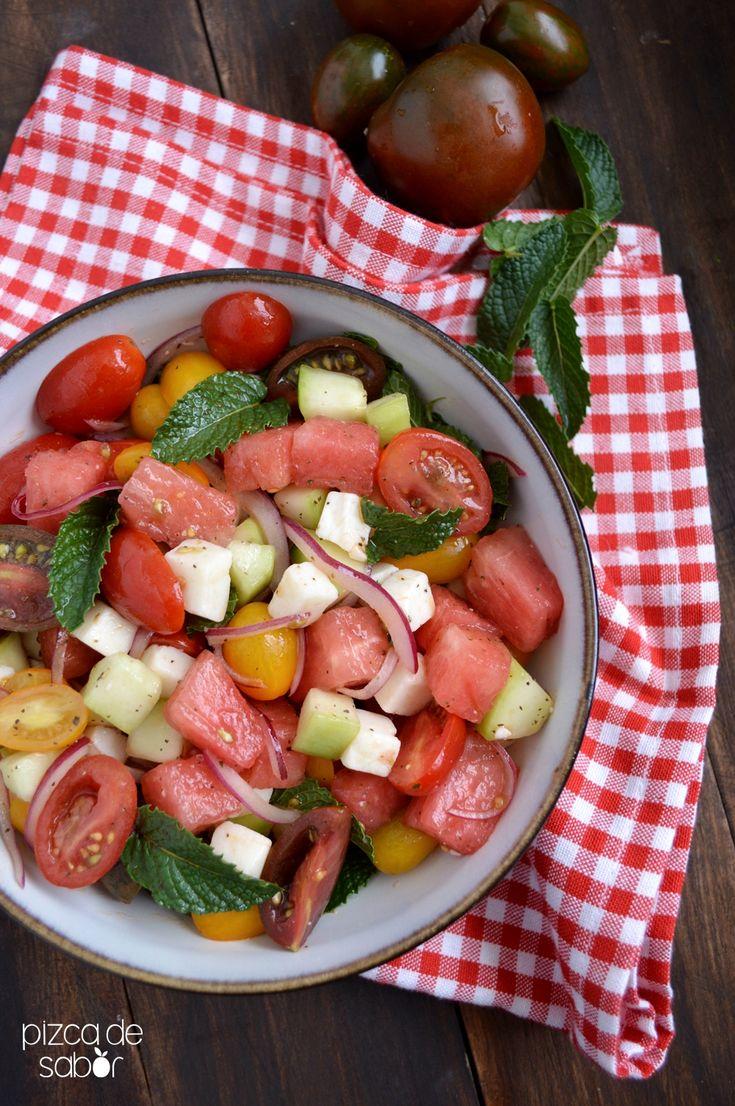 Ensalada de sandía y tomate | http://www.pizcadesabor.com