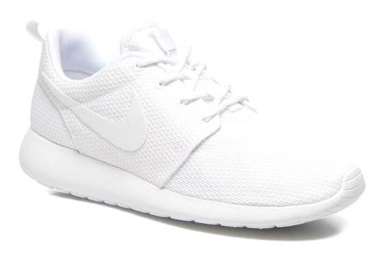 Nike Wmns Nike Roshe One (Blanc) - Baskets chez Sarenza (230754)
