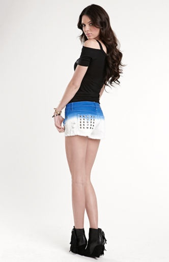 Kendall Jenner in Blue Dip Dye Shorts | Kendall & Kylie Jenner Summer 2013 #fashion Collection