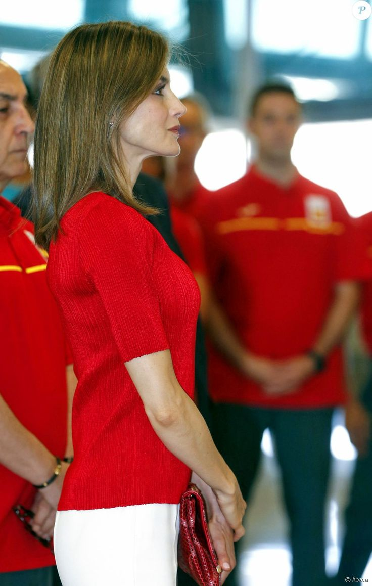 Letizia d'Espagne, avec Felipe, a souhaité bonne chance à la délégation espagnole pour les Jeux olympiques de Rio avant…