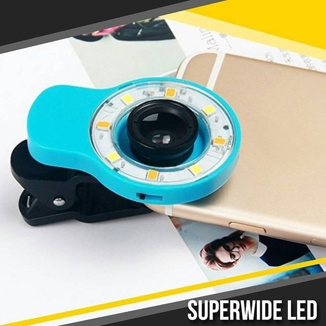 NEW  SuPERWIDE LED  Buat kamu yang gemar selfie ataupun groufie saat ini telah hadir lensa portable terbaru yang mengusung dua kelebihan sekaligus yakni lensa super wide serta dilengkapi dengan LED Flash yang dapat memberikan tambahan cahaya.  Super Wide Lens LED Flash ini memiliki 3 pilihan kualitas cahaya yang dapat disetting melalui 3 jenis piringan yang disediakan. Segera miliki Super Wide Lens LED Flash ini sebagai pelengkap anda untuk berfoto sendiri ataupun beramai-ramai.  Harga…