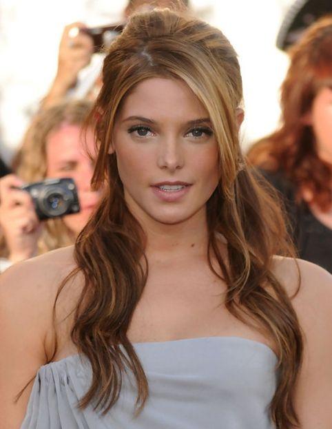 Ashley Greene Gorgeous Hairstyles