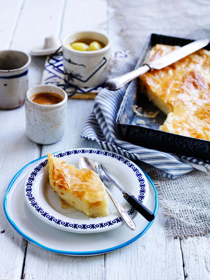Greek semolina custard pastry with syrup (Galaktoboureko)
