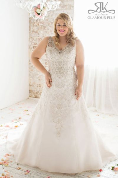 This Stunner By Roz La Kelin Is Ideal For Busty Brides