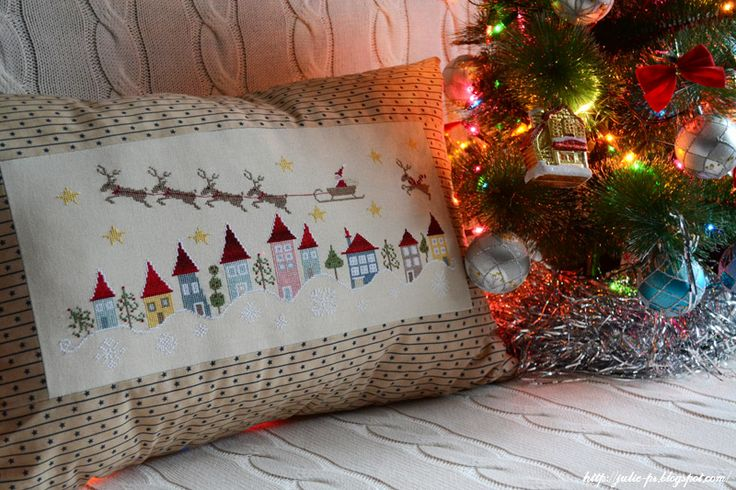 Рождественская подушка | amo esso ricamo Francese
