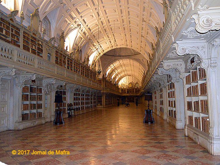 Mafra | Visita Nocturna à Biblioteca do Palácio Nacional [Imagens] | Jornal de Mafra