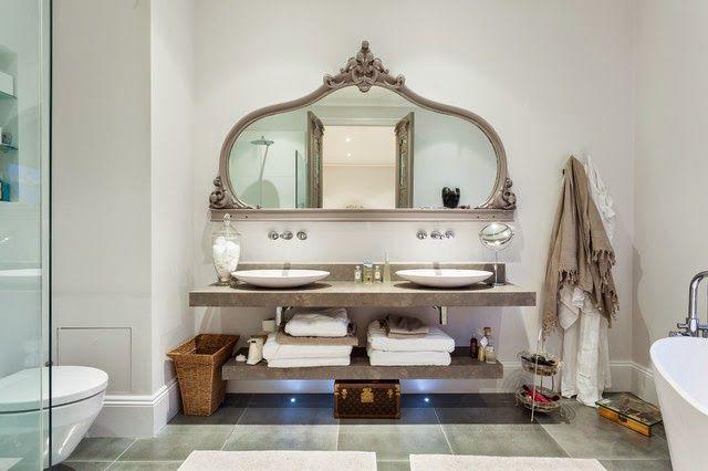 Mọi thiết kế đẹp đều đến từ những chi tiết nhỏ nhặt nhất và phòng tắm cũng không phải là một ngoại lệ. Đôi khi chiếc bồn cầu, chậu rửa hay bồn tắm hiện đại, nhỏ nhắn không biết cách thu hút cho đến khi bạn kết hợp một chút sáng tạo vào chúng. Nói cách khác, xu hướng thiết kế phòng tắm 2015: Đẹp nhờ vào lưu trữ sẽ cho bạn những ý tường đầy thú vị. Style Up!