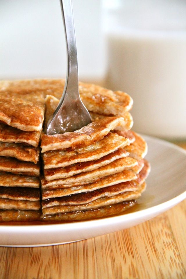 Banana Oat Greek Yogurt Pancakes #RunningWIthSpoons- flour-free, no sugar added, low glycemic