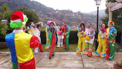 Dreams and Adventures team building clowning around
