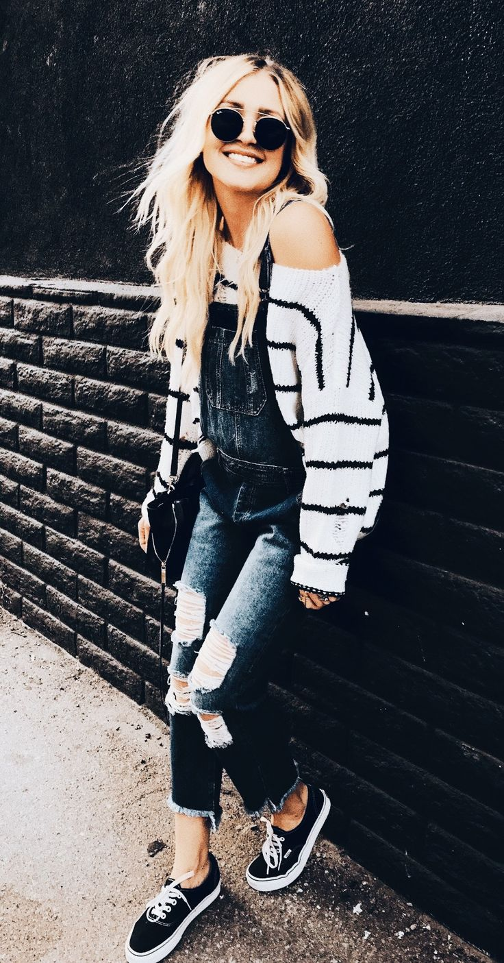 oversized sweater and denim overalls