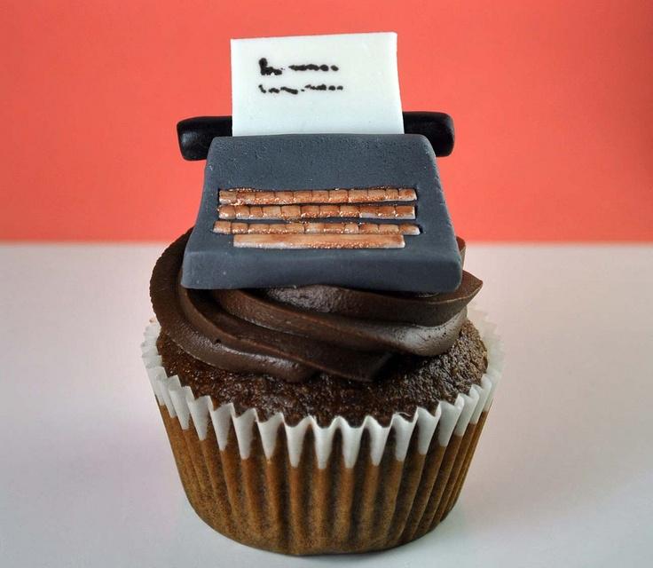 typewriter cupcake