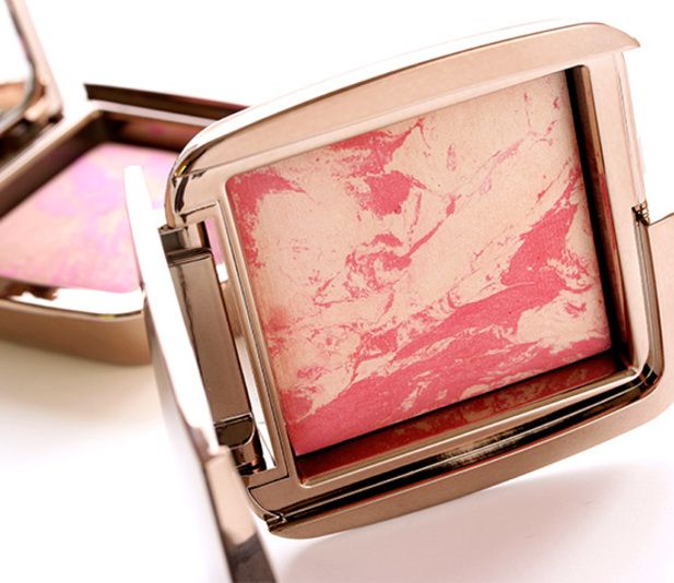 New Hourglass Blush Review @ Luuux