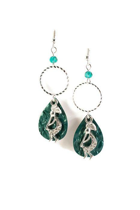 Boucles d'oreilles pendantes longues et légères - Aluminium et métal argenté - Musicien africain : Boucles d'oreille par cap-and-pap