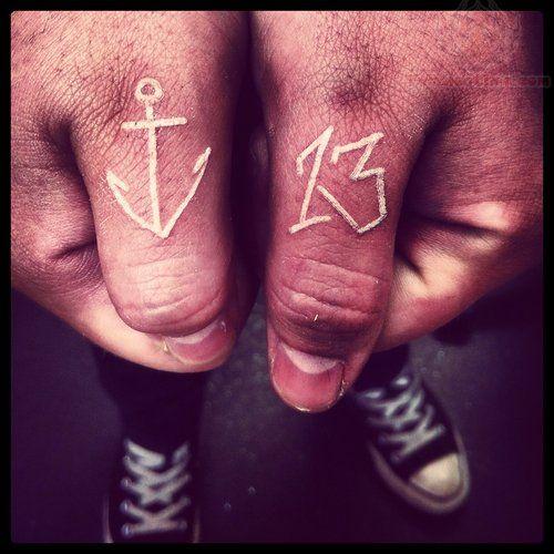 Tattoo Designs Near Thumb: Best 25+ Thumb Tattoos Ideas On Pinterest