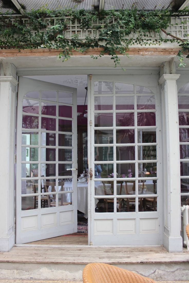 Balcony french doors - Lovely Old French Doors In A Chateau In France