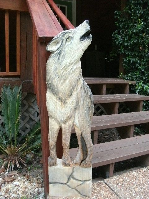Timber wolf foot tall chainsaw carving wildlife by