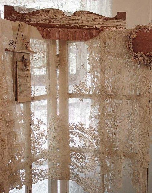 Rideau dentelle de calais rideau voilage shabby pinterest calais rideaux voilages et - Rideau dentelle romantique ...