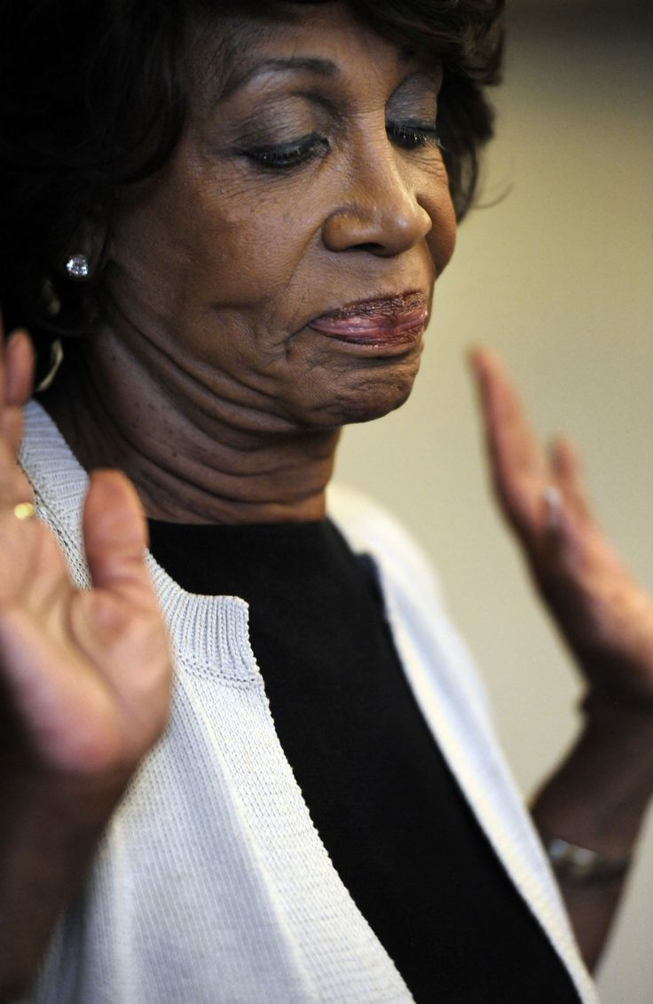 Congresswoman Maxine Waters Will Read You Now - BY R. ERIC THOMAS   ELLE.com