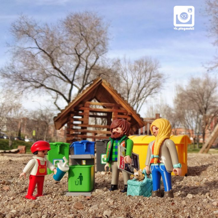 Take care of The Earth  and she will take care of you ♻️ #playmobil [09/03/2015]