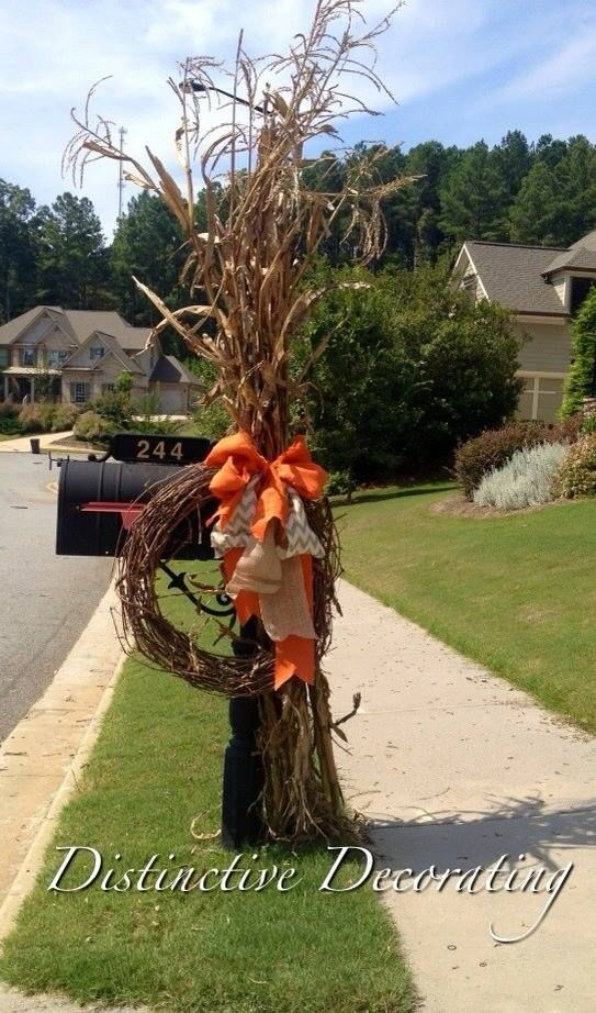 1000+ ideas about Mailbox Decorating on Pinterest  Fall  ~ 222911_Halloween Decorating Ideas For Mailboxes