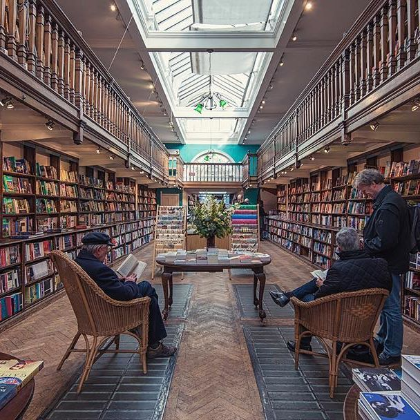 Travel section in @dauntbooks Marylebone. #dauntbooks #visitlondon #mynikonlife @nikonaustralia