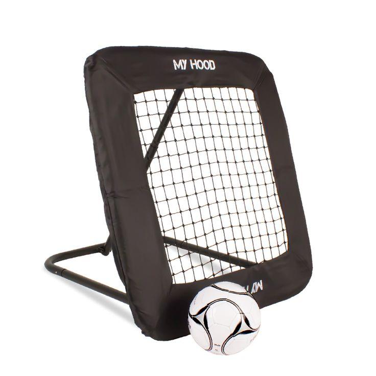 My Hood Rebounder Nät Medium har en spelyta på 90 x 90 cm som passar perfekt för träning på egen hand med fotboll eller handboll. Träna på passningar mottagningar, nicka eller att rädda bollarna.  Fakta Storlek: 90 x 90 cm. Ram: Ø 32 mm. Ingår 4 pinnar för fastsättning. Vikt: 8 kg.