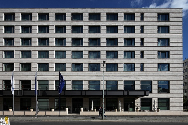 All sizes | Maritim Hotel Berlin - Stauffenbergstraße | Flickr - Photo Sharing!
