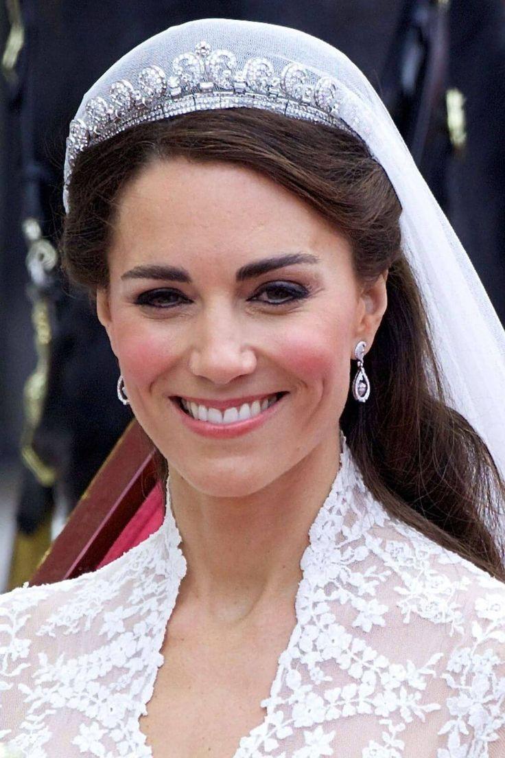 Excepcional Trajes De Boda De Kate Middleton Bandera - Colección de ...