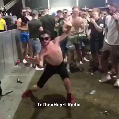Magic dancing www.technohearth.com/?utm_content=buffer4498b&utm_medium=social&utm_source=pinterest.com&utm_campaign=buffer #techno #radio #onlineradio #technoradio #technoheart #heart https://video.buffer.com/v/5a13d4ca09df6a3e08f5c5aa