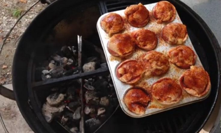 RECETTE BBQ ! Si vous aimez le poulet cuit sur le BBQ et le bacon, vous adorerez forcément cette recette originale. Elle ne nécessite que très peu d'ingrédients et se prépare en quelques minutes seulement. Empressez-vous de découvrir ce délicieux plat qui impressionnera famille et invités. Faites mariner des cuisses de poulet désossées et sans …