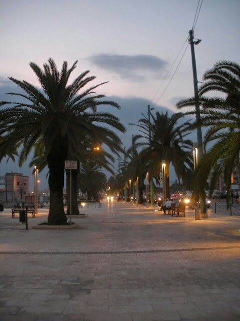 Cagliari,Via Roma lato porto