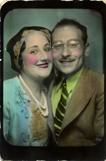 ** Vintage Photo Booth Picture **   Woah!  Cute couple, just 'hurt your eyes kind of bright' hand tinting!: