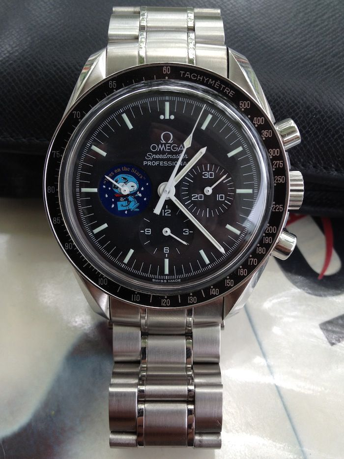 omega speedmaster professional snoopy its scary. Black Bedroom Furniture Sets. Home Design Ideas