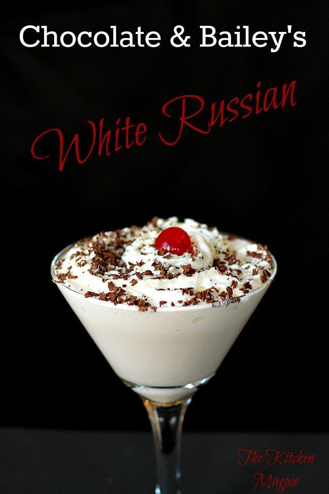 How To Make a Bailey's Chocolate White Russian - from @kitchenmagpie