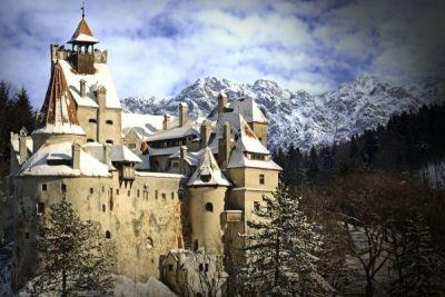 Castelul lui Dracula a fost scos la vânzare. Care este valoarea vestitei destinaţii turistice http://www.antenasatelor.ro/turism/8660-castelul-lui-dracula-a-fost-scos-la-vanzare-care-este-valoarea-vestitei-destinatii-turistice.html