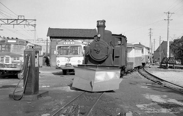 現役時代の尾小屋鉄道5号機. 1964.12.30