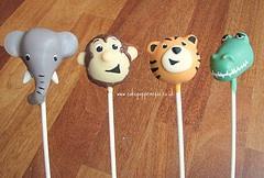 Jungle cake pops