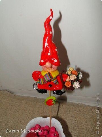 Картина панно рисунок Оберег Лепка Домовята и гном-садовник Тесто соленое фото 5