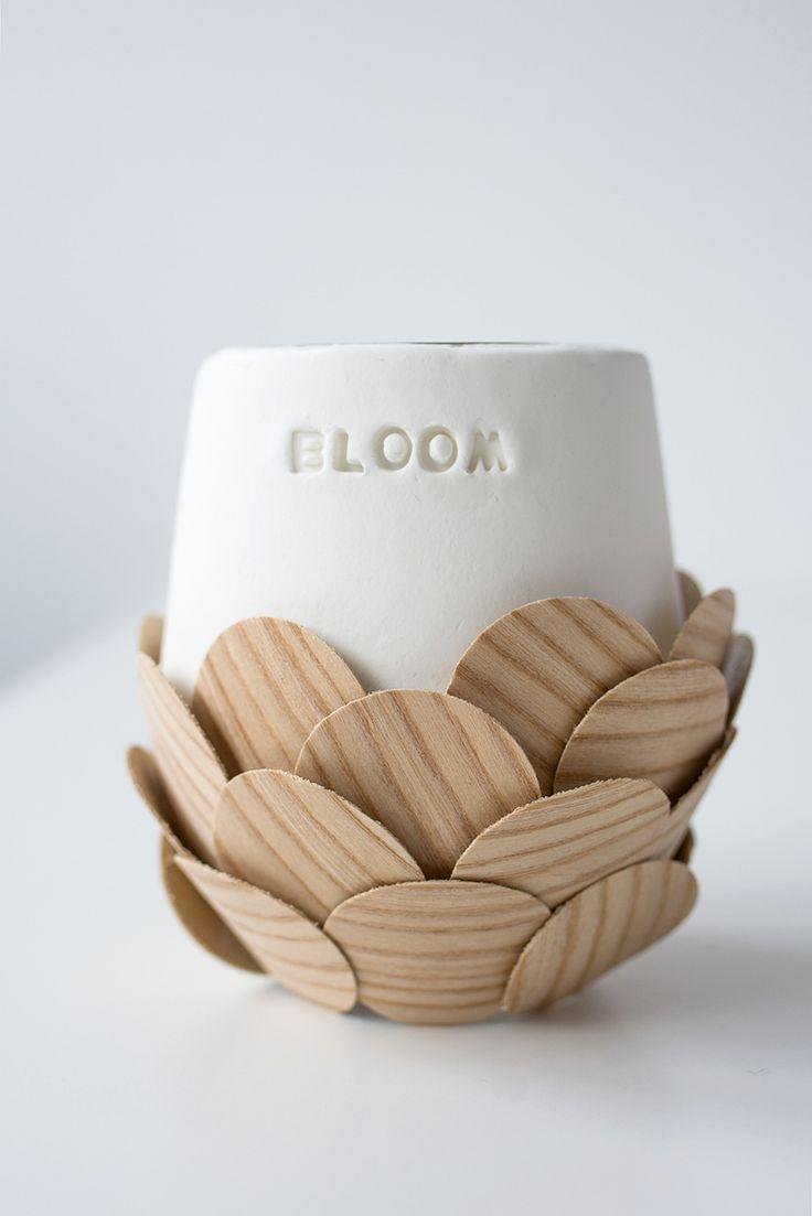 Holzfurnier mit Modelliermasse kombiniert