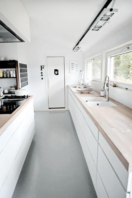 25 beste idee n over industri le barkrukken op pinterest barkrukken barkruk en bar ontwerpen - Keukenmeubelen rustiek ...