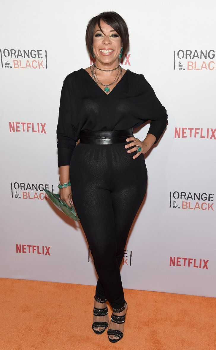 Pin for Later: The OITNB Inmates Got Fancy at Last Night's Orangecon Selenis Leyva We love how Selenis accented her all-black look with pops of green accessories.