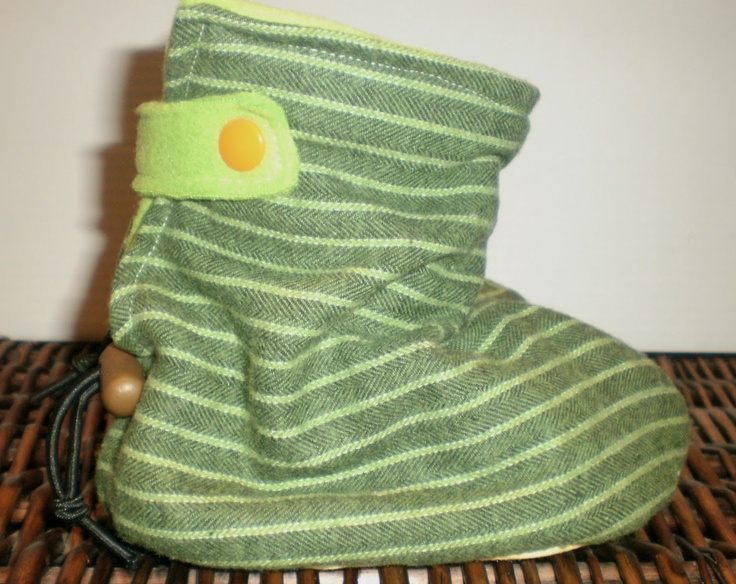 Mopping: threads and rags: Boots