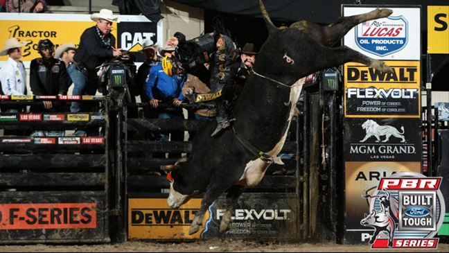 Professional Bull Riders - Pearl Harbor tees off on Triplett for 47.5-point bull score